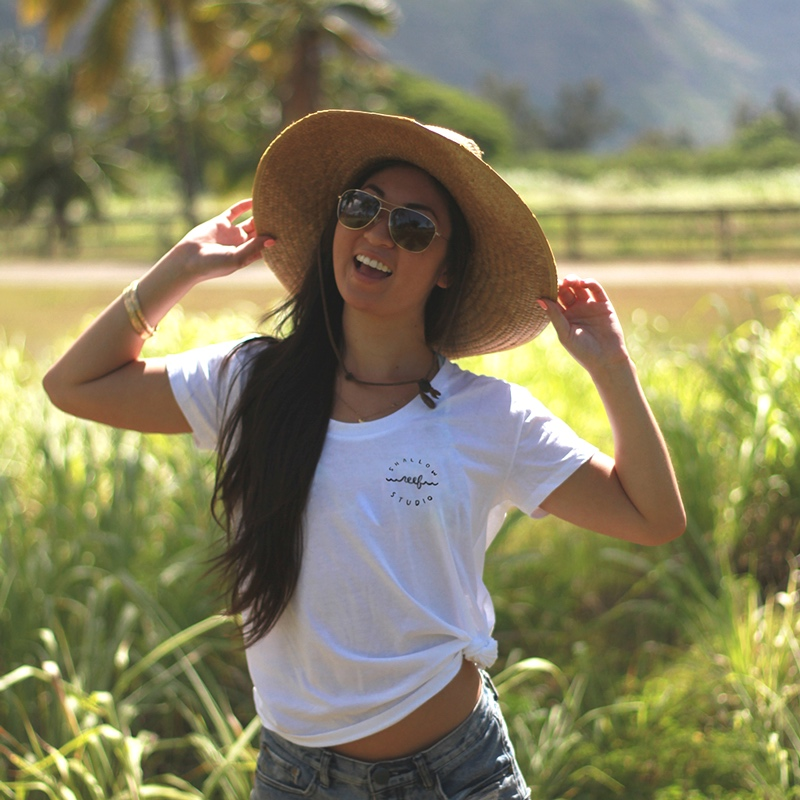 hawaii girl white shirt